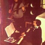 Lars Danneberg (Bass) und Stefan Rolauffs (Piano)  spielen sich warm.